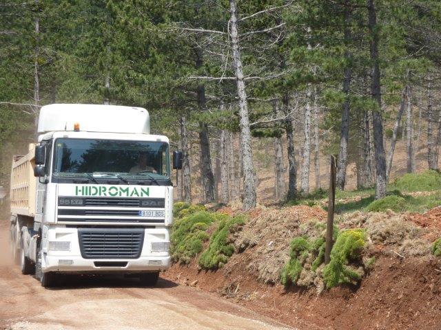 Transporte de zahorras para Firme de Camino.
